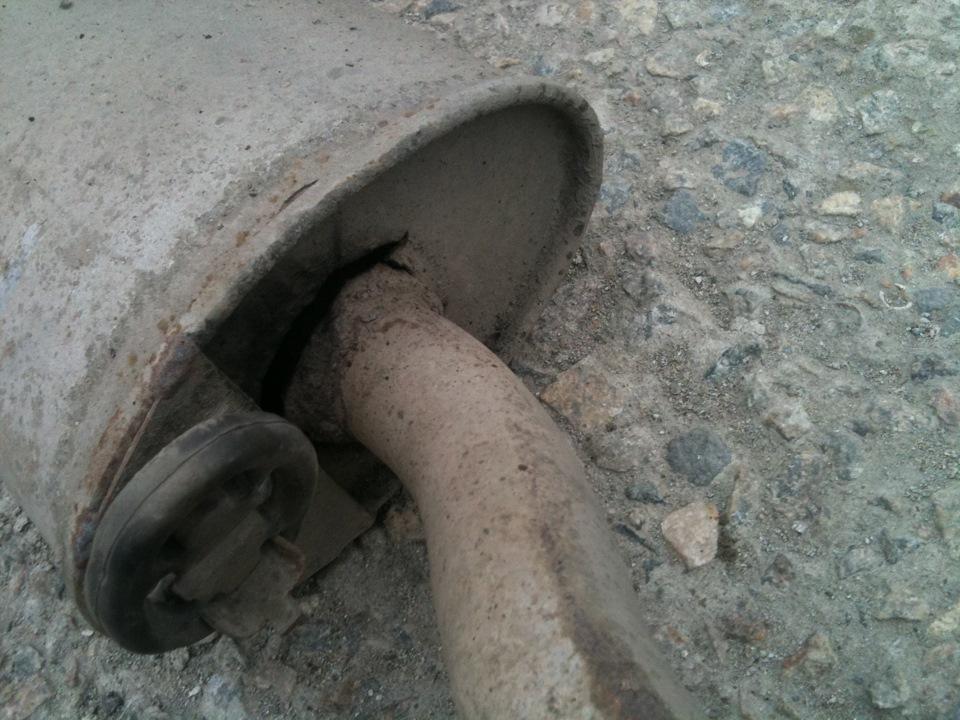 старый глушитель на калину